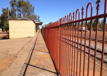 charles-style-railway-fencing2